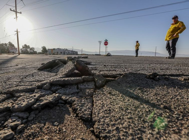 2019 Rocks California with Earthquakes and Wildfires