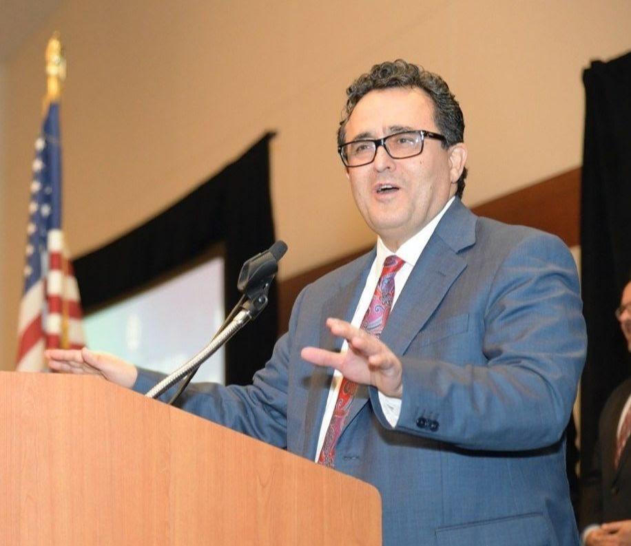 Ali Sahabi Receives Lifetime Achievement Award from BIA