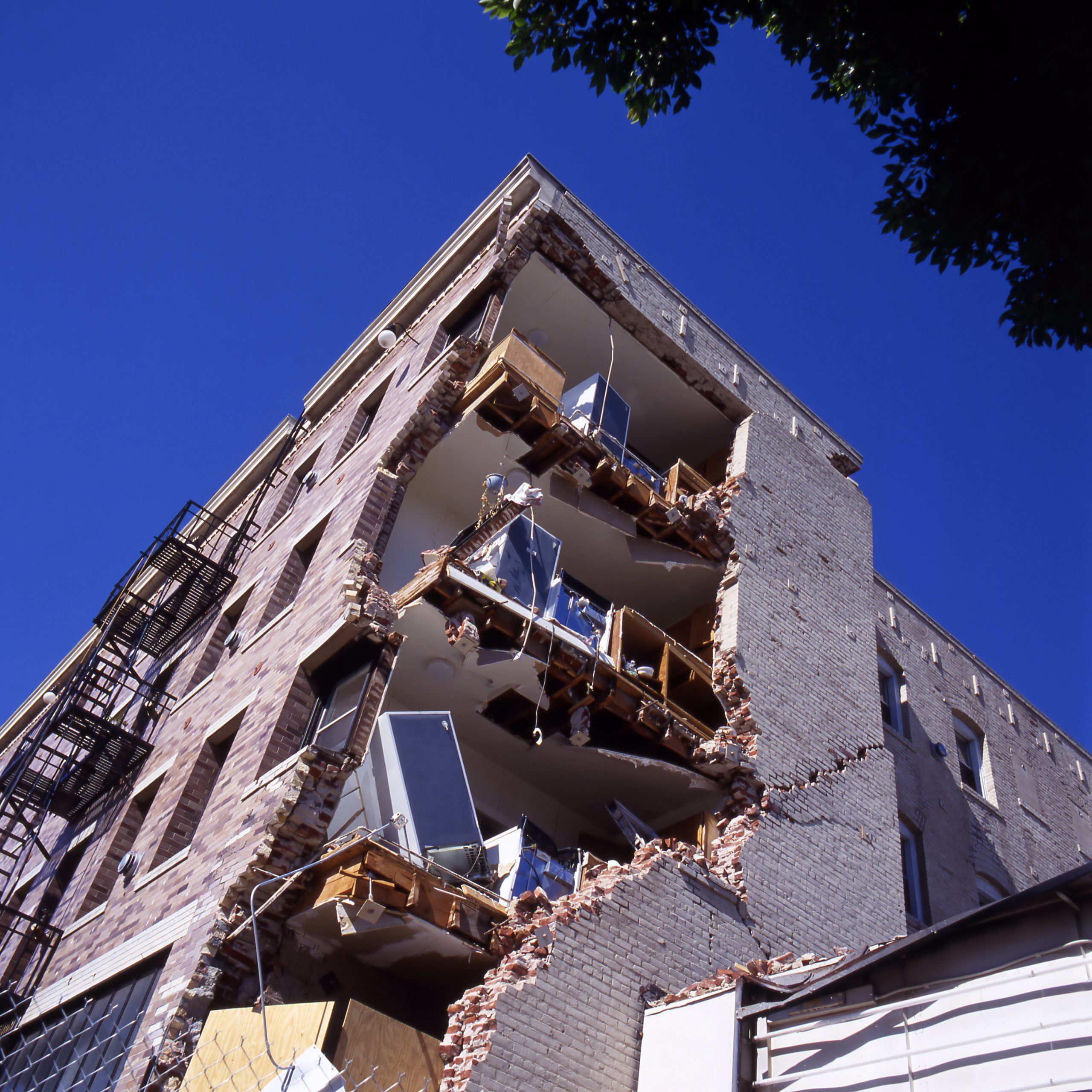seismic retrofit vs remodel