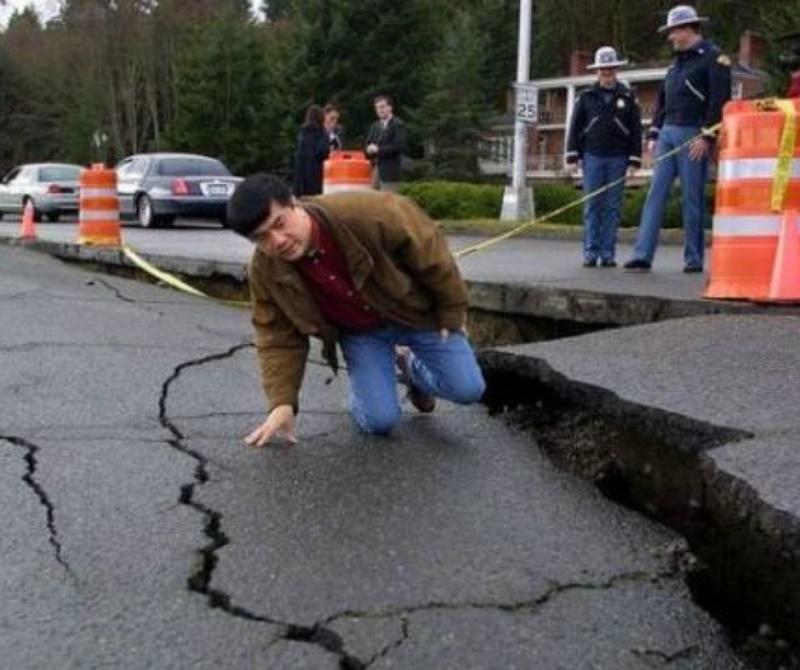 Earthquake 'Q&A' explains science of plate tectonics